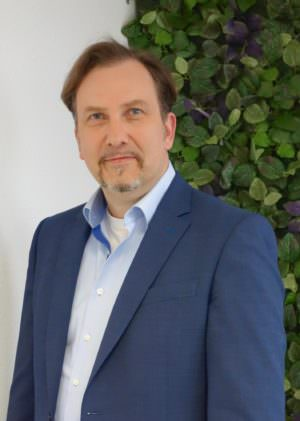 Dr. Dieter Schmitz